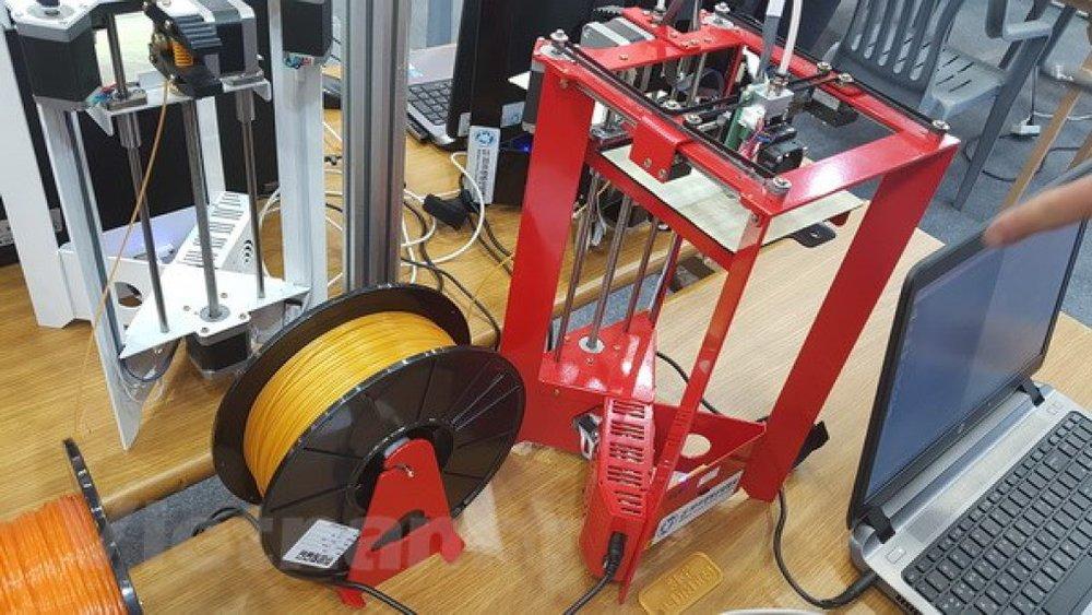 Cuộn dây nguyên liệu ngô khoai, đầu vào mới cho các sản phẩm in 3D. (Ảnh:Đào Lâm/Vietnam+)