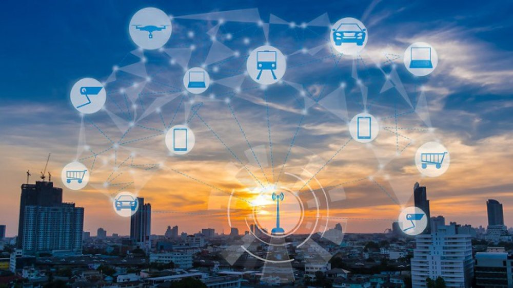 Các thiết bị IoT là nền tảng không thể thiếu cho sự vận hành của các thành phố thông minh