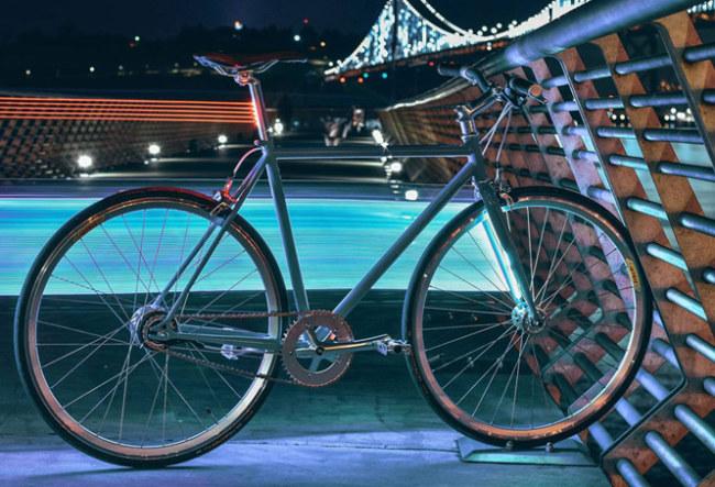 Xe đạp thông minh của Lyra giúp bạn an toàn hơn khi lái xe vào ban đêm