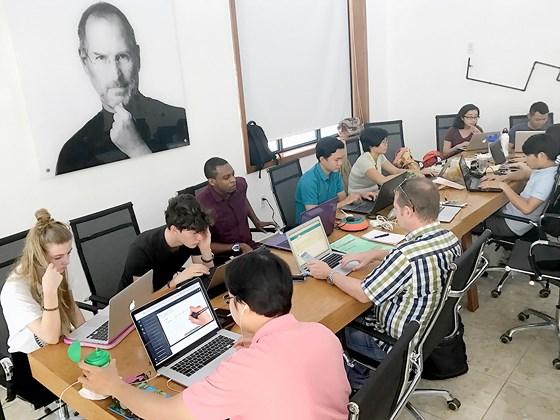 a56b2_phat_trien_doanh_nghiep_startup.jpg