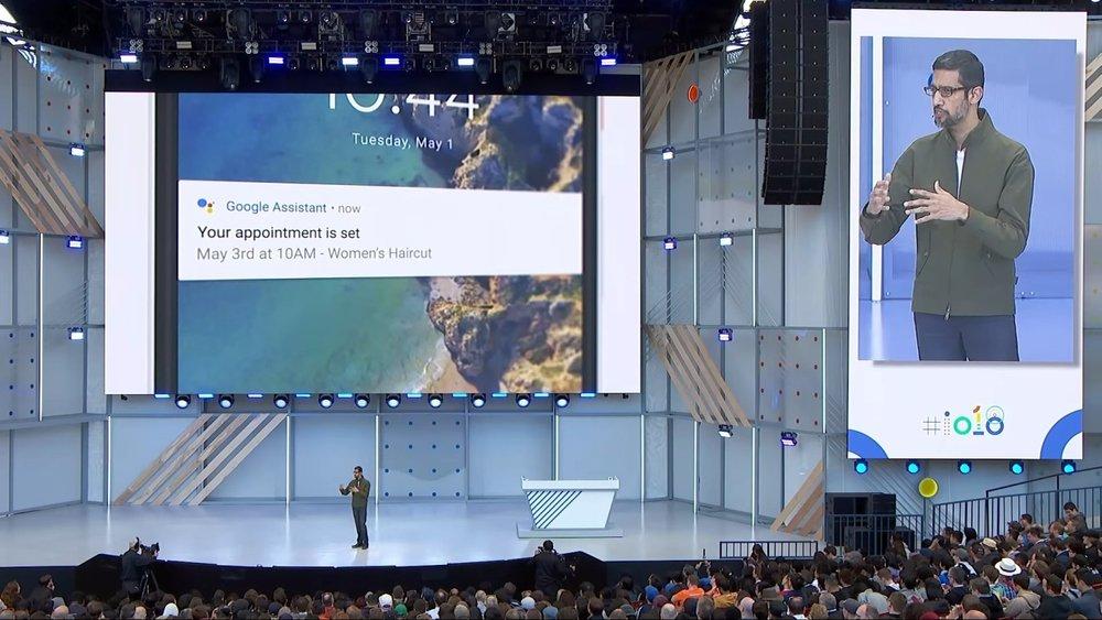 - Trước đó, vào năm 2016, cái tên Google Assistant cũng nổi như cồn khi công cụ trợ lý ảo này được thiết kế nhằm thực hiện các tác vụ đời thực thông qua điện thoại.