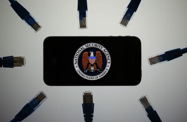 """Các nhà mạng trên nước Mỹ vốn phải tuân theo đạo luật """"nghe lén"""". Các hãng công nghệ cũng nên tuân theo một đạo luật tương tự. -"""