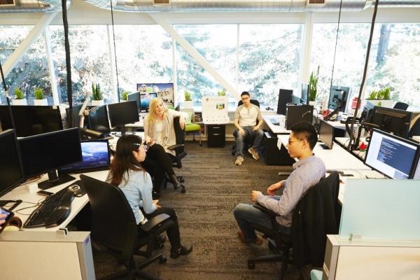 3. Google và Facebook phải mở chi nhánh hoặc văn phòng đại diện ở Việt Nam -