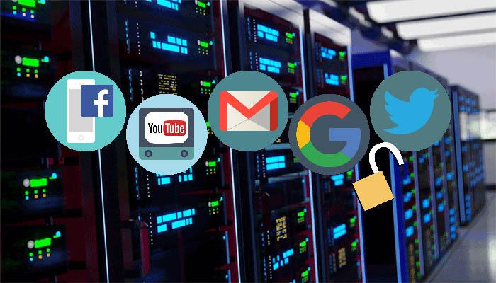 """5. """"Chỉ có Việt Nam và Trung Quốc mới yêu cầu phải đặt máy chủ lưu trữ dữ liệu người dùng trong nước"""" -"""