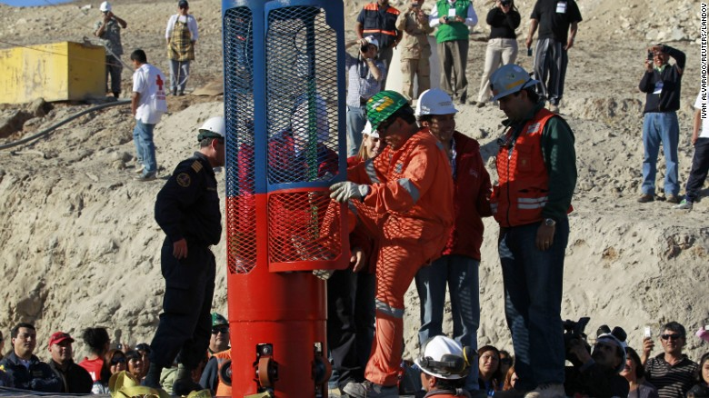 150731142822-12-chile-mine-collapse-restricted-exlarge-169.jpg