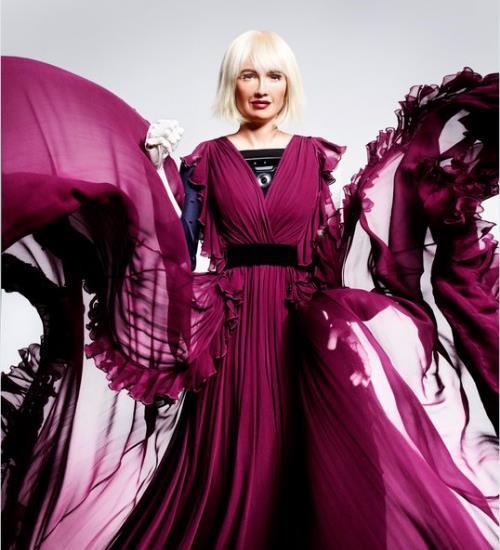 Đầu năm 2018, Sophia còn được còn được chụp ảnh trang bìa cho tạp chí thời trang Stylist của Anh.