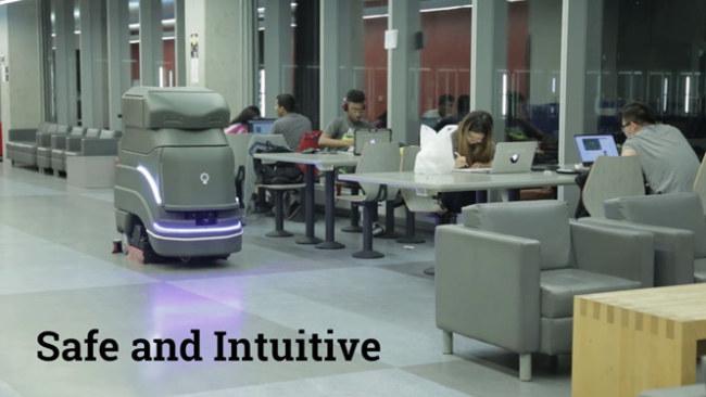 """Robot hàng đầu của hãng này tên Neo. Đây là """"máy lau sàn tự hành"""", được  sử dụng rộng rãi tại các sân bay từ Singapore cho đến Paris (Pháp), tại  các sân vận động, nhà kho, cơ sở bán lẻ và trường đại học. Robot có thể  tránh chướng ngại vật và điều hướng trong nhiều cơ sở rộng. Doanh nghiệp  có thể tùy ý sơn hay thiết kế chúng theo ý họ muốn, chẳng hạn như biến  chúng thành một người gác cổng với đồng phục dễ nhìn."""