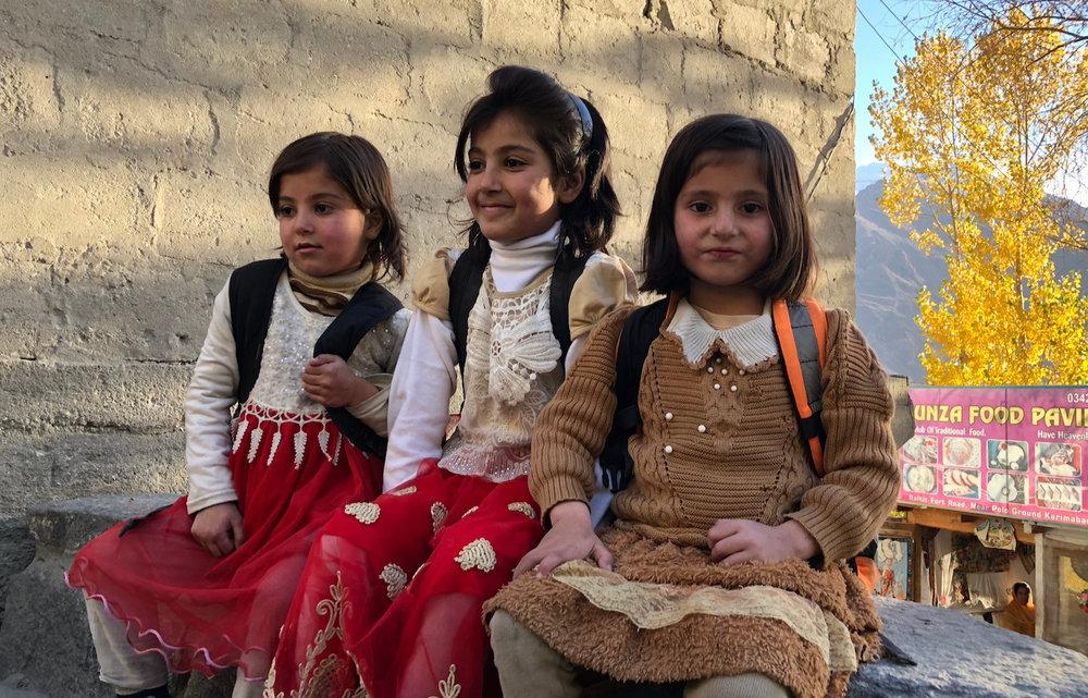 Các em bé ở Hunza Valley đều rất thân thiện