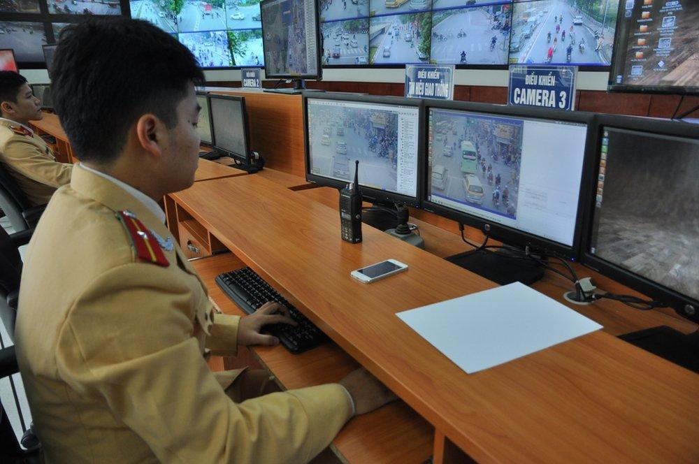 Xử lý vi phạm, phân tích, điều khiển giao thông tự động qua hệ thống camera -