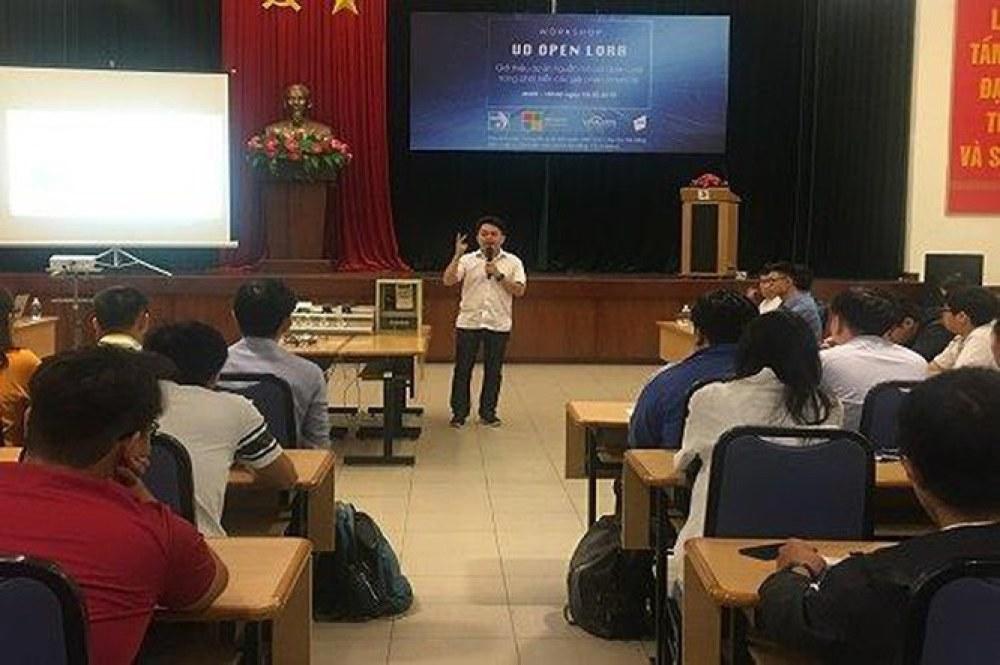 Sự kiện ra mắt nền tảng nguồn mở UD OPEN LORA thu hút sự quan tâm của đông đảo bạn trẻ cộng đồng IT Đà Nẵng