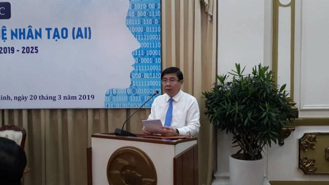 Chủ tịch UBND TP.HCM Nguyễn Thành Phòng phát biểu