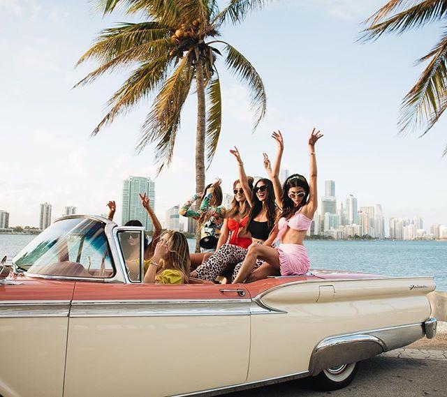 That's a wrap for @mvmtforher x Miami! 😎 We had the best time bringing the #MVMTHEAT 🔥 @littleblackboots @rocky_barnes @jourdansloane @kelsey_white @racquelnatasha @nicoleisaacs #FORAYgetaways