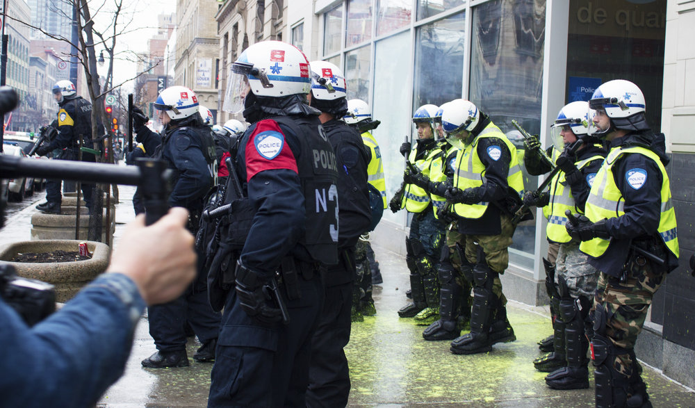 Police Station attacked by protesters throwing paint during an anticapitalist Mayday demonstration (May 1 2016)