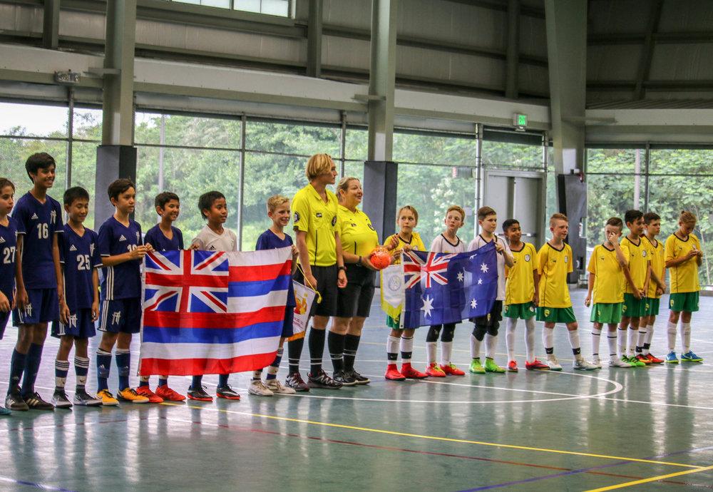 Hawaii Futsal (FA Maui) (left) and the Australian Futsal Association (right) at the Austronesian Futsal Cup 17 in Pāhoa, Hawaiʻi Island (2017).