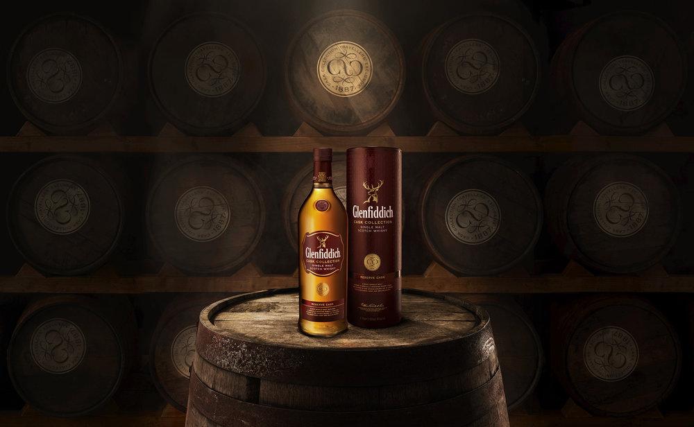 glenfiddich_bottle_barrel.jpg