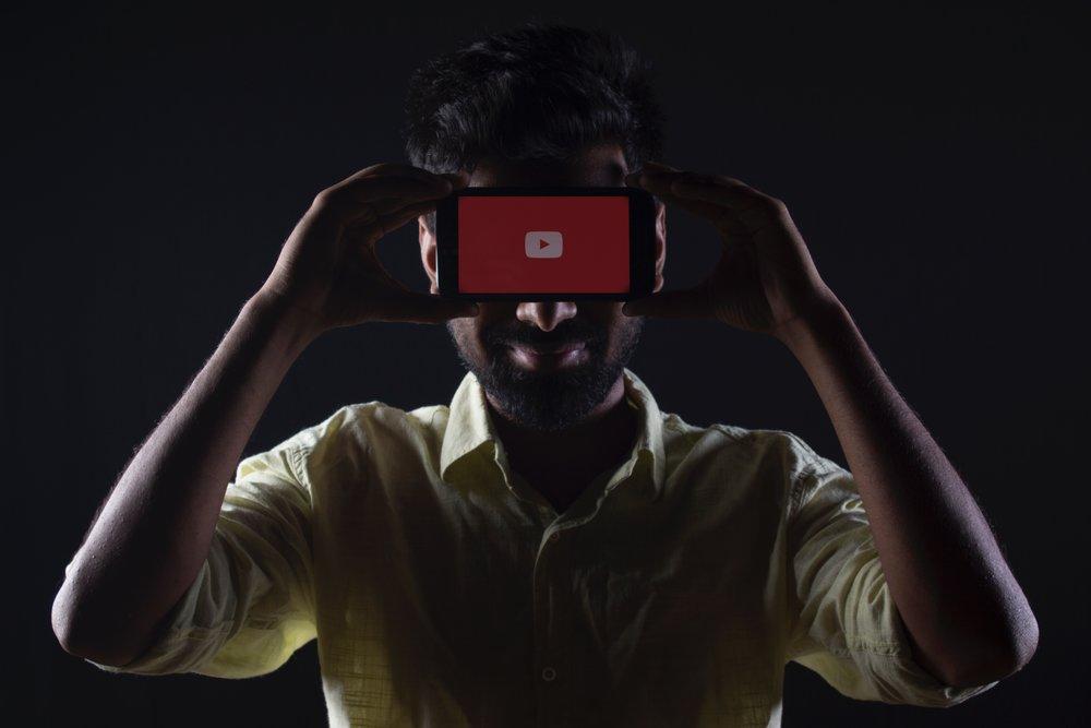 youtubephoneapp-microlearning.jpg