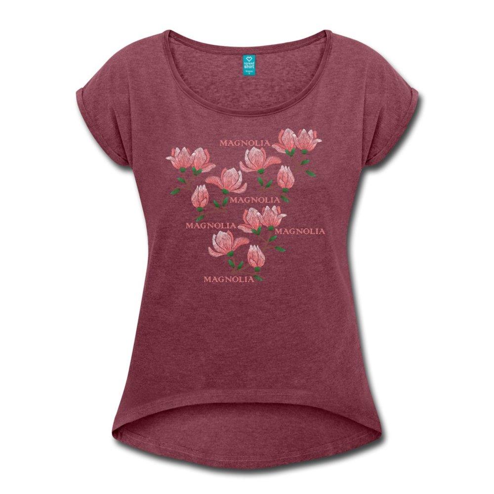 magnolia-t-shirt-med-upprullade-aermar-dam-v.jpg