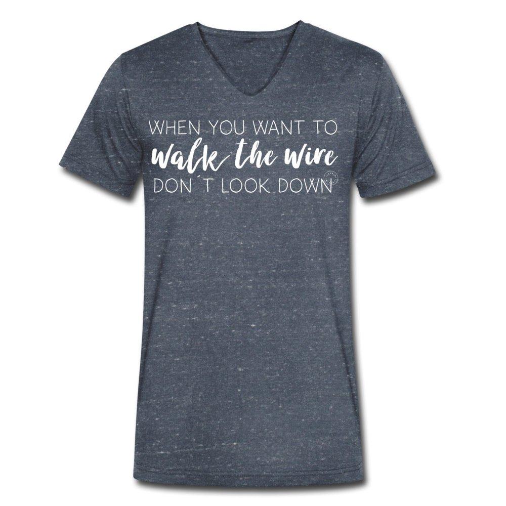 V-ringad ekologisk t-shirt herr. Luckimi www.luckimi.com @luckimibrand