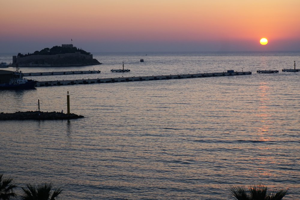 Sunset-Ilayda-Avantgarde-Hotel-Kusadasi-rooftop-2017.JPG