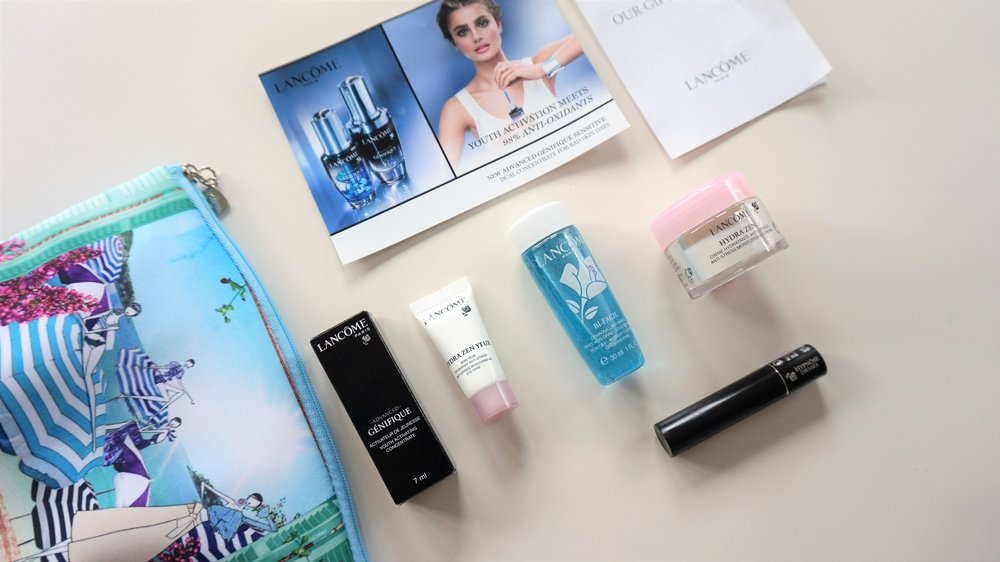 Beauty-bag-travel-hacks-101-Lancome