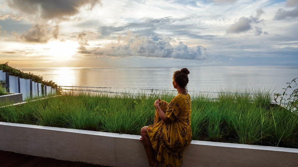 anantara-uluwatu-bali-resort-sunset-2018