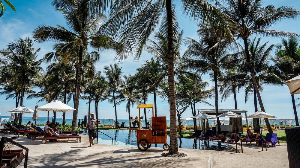 w-bali-seminyak-pool-beach.jpg