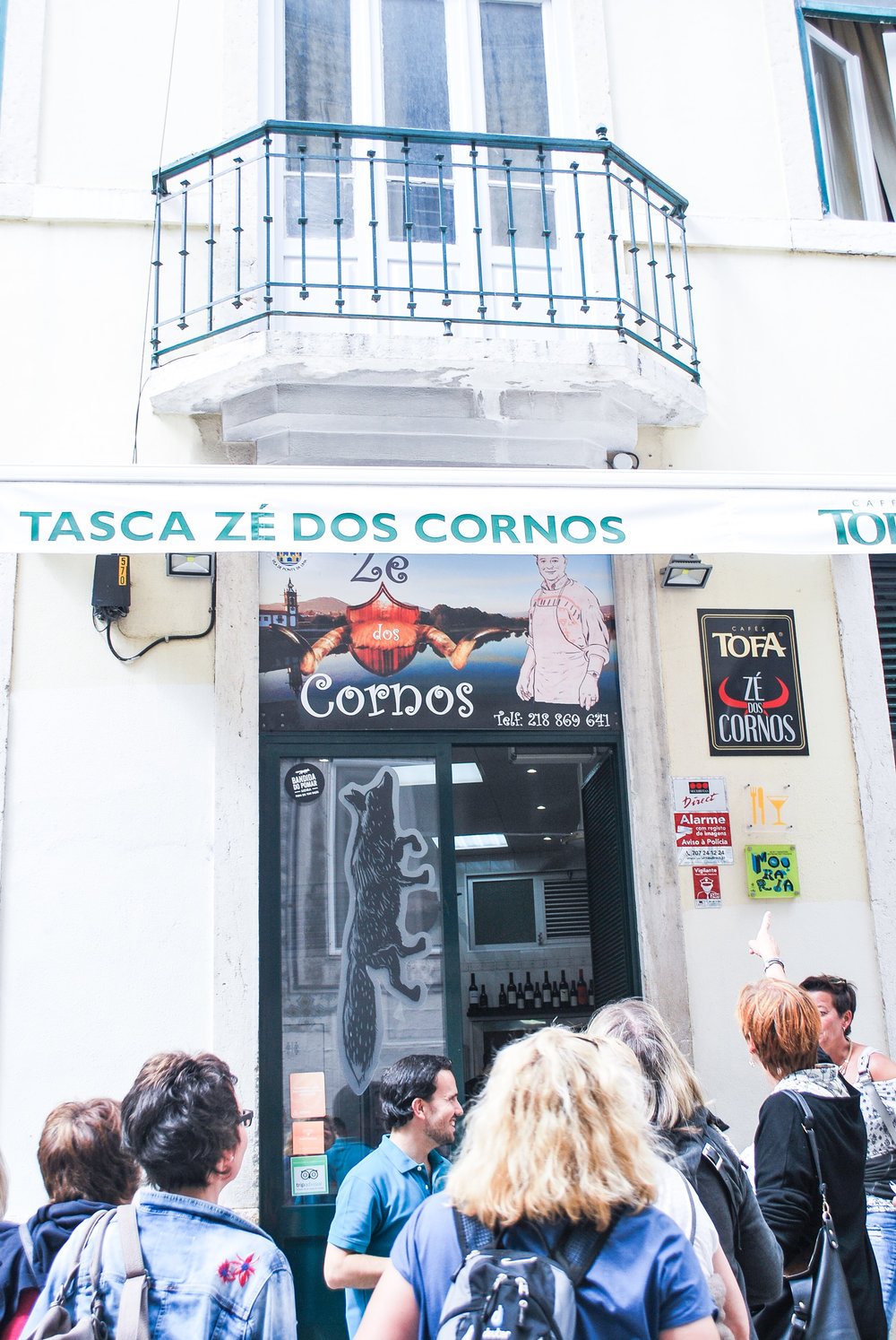 Want to explore the history of Lisbon? A Lisbon food tour is the perfect answer. Discover the city with Taste of Lisboa.