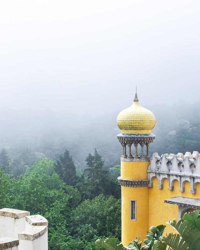 I couldn't have asked for a better side-trip on my first ever solo adventure than Sintra. I definitely got lost in my own little world exploring the rich histories of each palace or castle.⠀ ⠀ Can you imagine living in such a colorful castle like Pena Castle?!⠀ ⠀ url: https://ventureandeat.com/blog/sintra-lisbon-day-trip⠀ ⠀ #sintra #visitportugal #liveunscripted #makemoments #openmyworld⠀ .⠀ .⠀ .⠀ #travelguide #femmetravel #sheadventures #discovertheworld #itchyfeet #travelisthenewclub #wearetravelgirls #placestogo #travellover #travelingtheworld #wanderlusting #travelgirl #sidewalkerdaily #ilovetravel #vacationlife #travelers #adventurethatislife #adventureculture #adventurevisuals #stayandwander #roundtheworld #travellog #vscotravel⠀