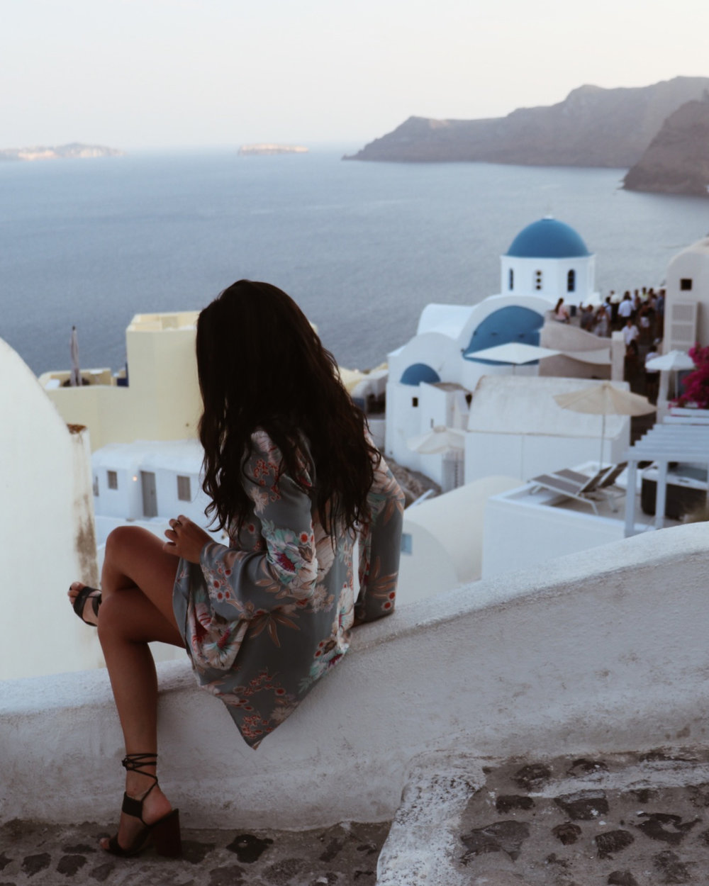 Blogging with a 9-5. Crazy or one of the most rewarding hustles? In my interview series, The 9-5 Grind, I interview talented travel bloggers who just so happen to be working full-time. In this post, I interview Angelina Zeppieri of Where Next.