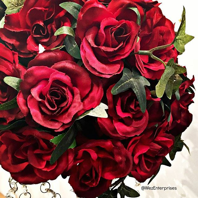 Roses are red ............. ...........I love you❤❤❤
