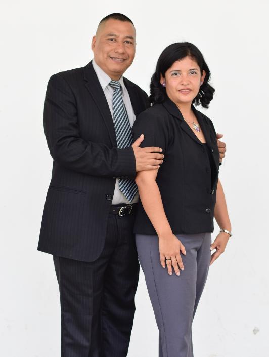 Eleazar y Karina de Lux