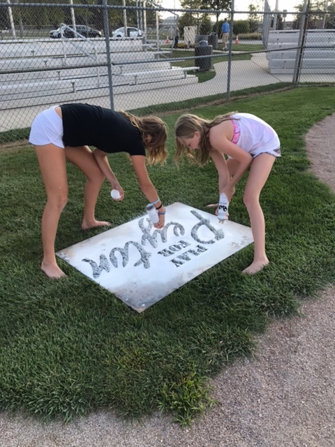 Katy and Laken spray painting.jpeg