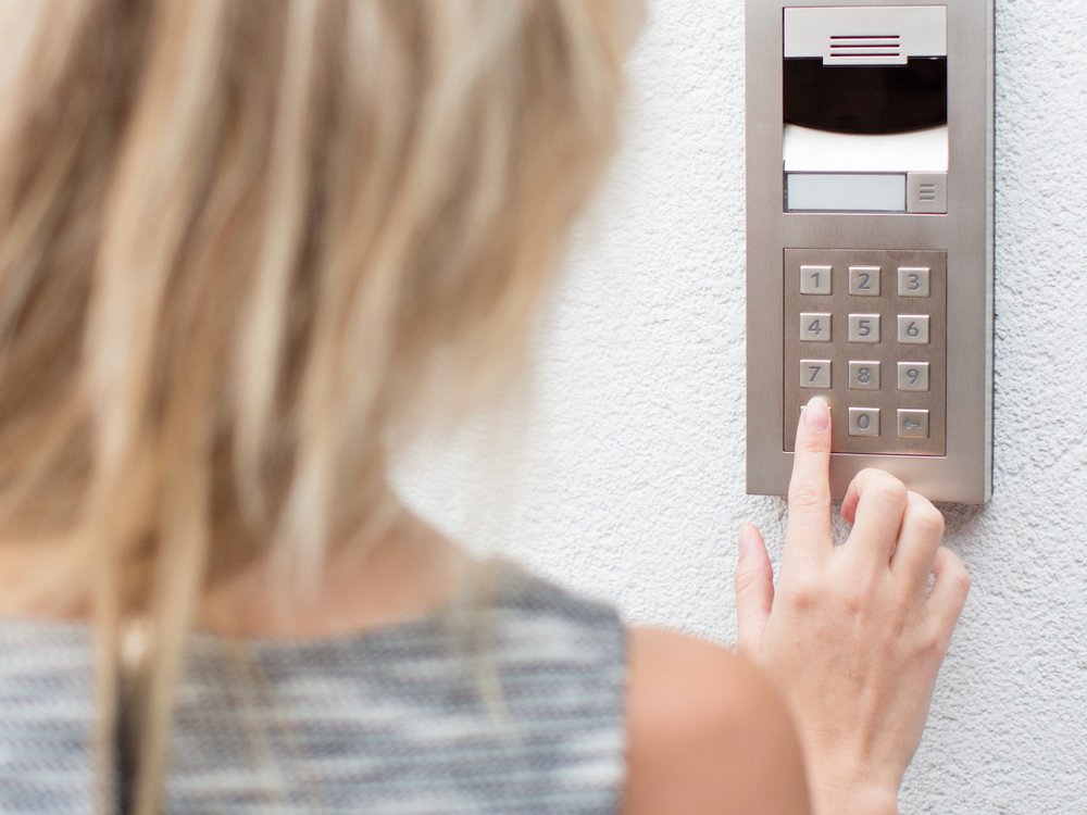 Security & Access Control - Complete peace of mind, wherever you are.