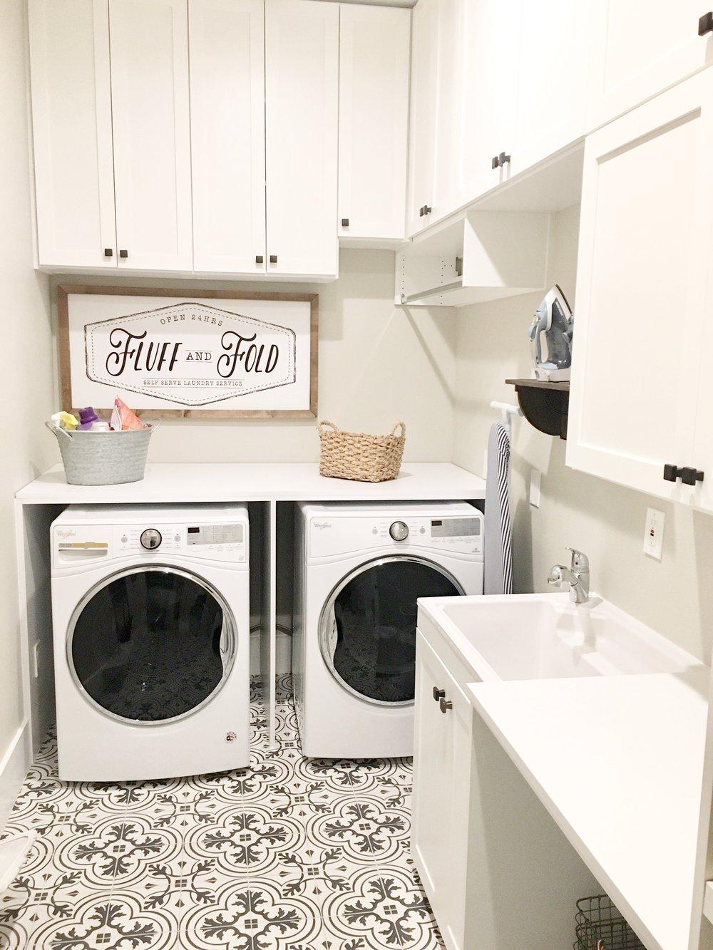 laundry organization.jpg