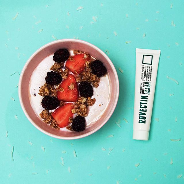Step 1 to starting your morning off right: a healthy #breakfast. Step 2: Rovectin . . #rovectin #yogurt #strawberry #cereal #granola #cream