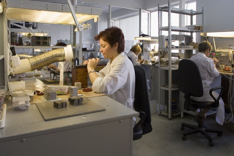 Kryotherm's technologists working with various thermoelectric materials