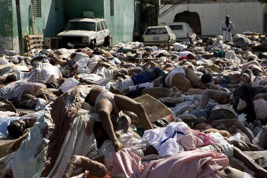 Haitian dead bodies