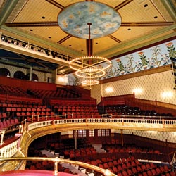 oshkosh-wisconsin-grand-opera-house.jpg