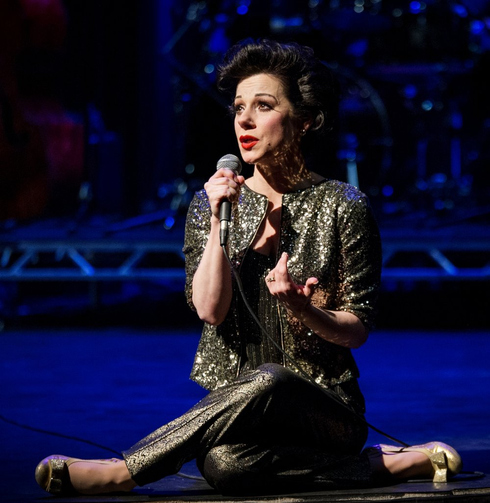 Angela Ingersoll performs the music of Judy Garland for the Artists Lounge Live Series. Photo by Amy Boyle Photograph