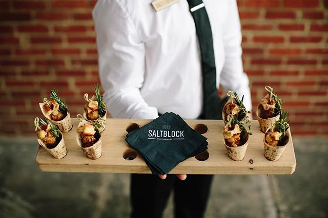 CAVU isn't the only part of your event that will be divine. With SaltBlock Catering as our in-house food and beverage provider, we can rest easy knowing your dining experience will be thoughtfully crafted just for your event. • • 📸 @benjaminhewittphotography  #saltblockcatering #saltblockhospitality #tampaevents #cavutpa #tampaweddings #weddingvenue