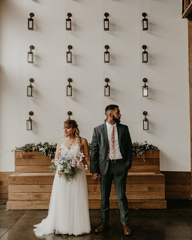 📣Come one! Come all! Come take a picture on our amazing lantern wall! • • Thank you for sharing your special day with us Mr. & Mrs. Mayes, and thank you 📸 @jennifermartinphotography for capturing these amazing photos!!!