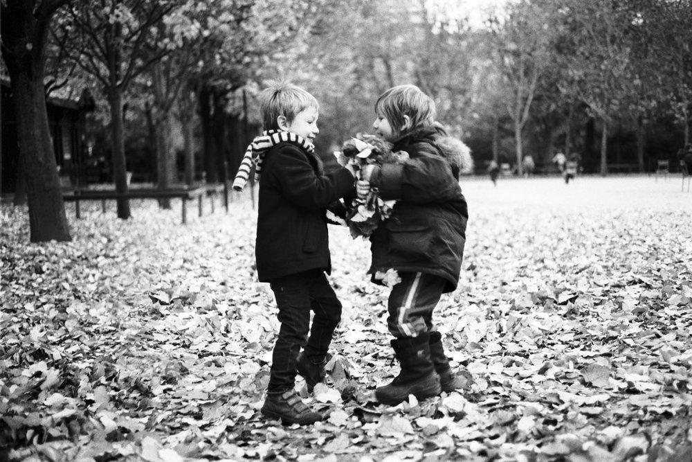 Maud WALAS Street Photography PARIS 17.jpg