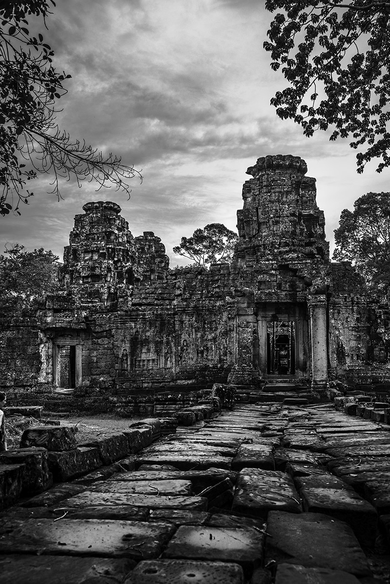 INT_AngkorVillage_Blackandwhite_Sept2016_RJN.jpg