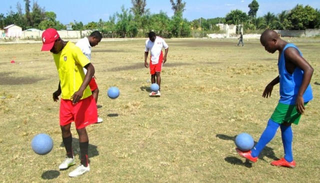 "Our coaches contribute to the ""Juggling Across Continents"" goal of 1 million juggles!"