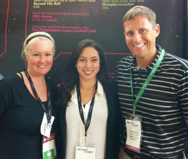 Jolinda, Kona and Board President Ken Sommers