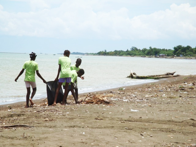 beach-clean-up-640x480.jpg