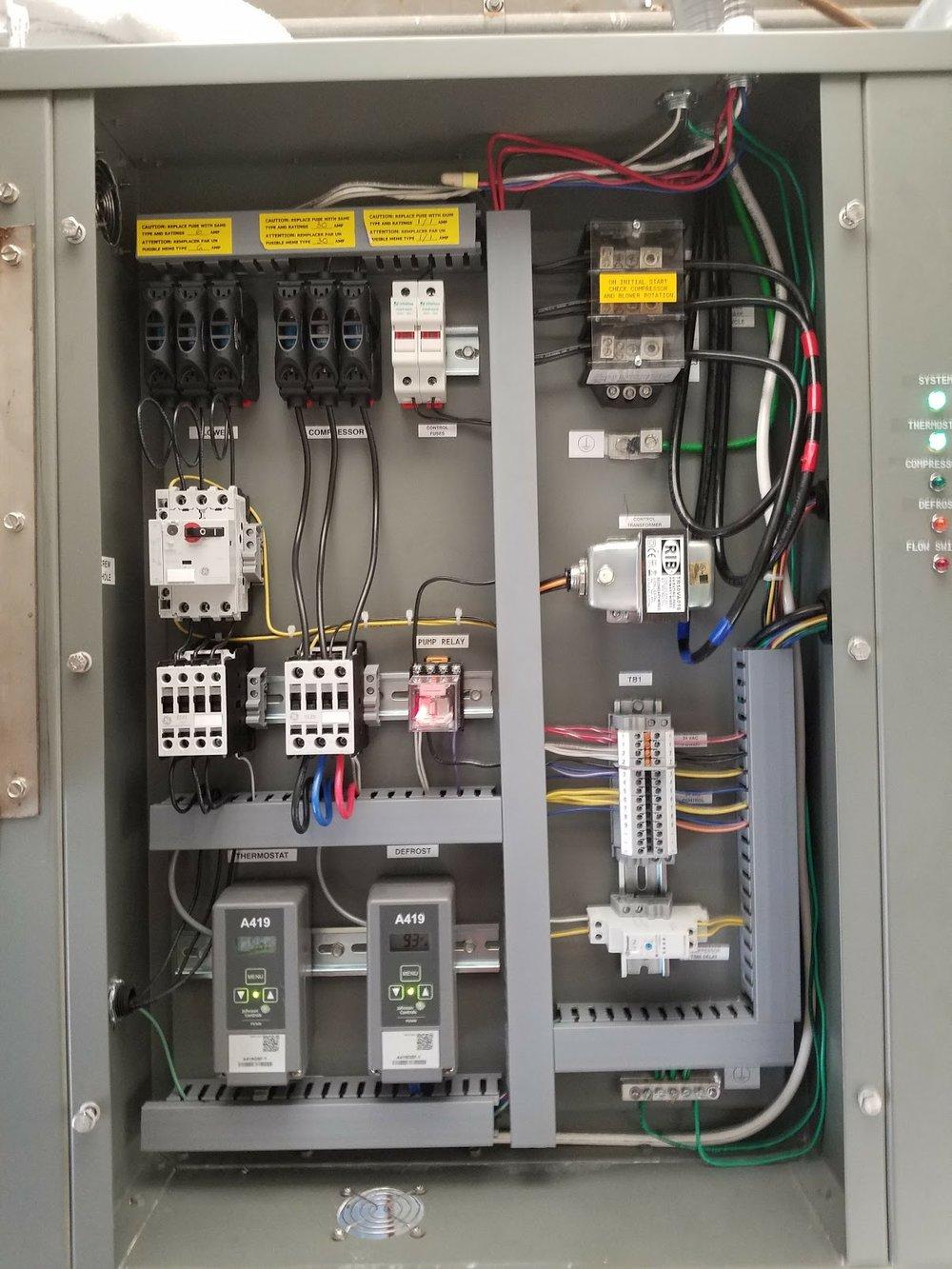 20161028_170852_001 - Heat Pump Internal Wiring.jpg