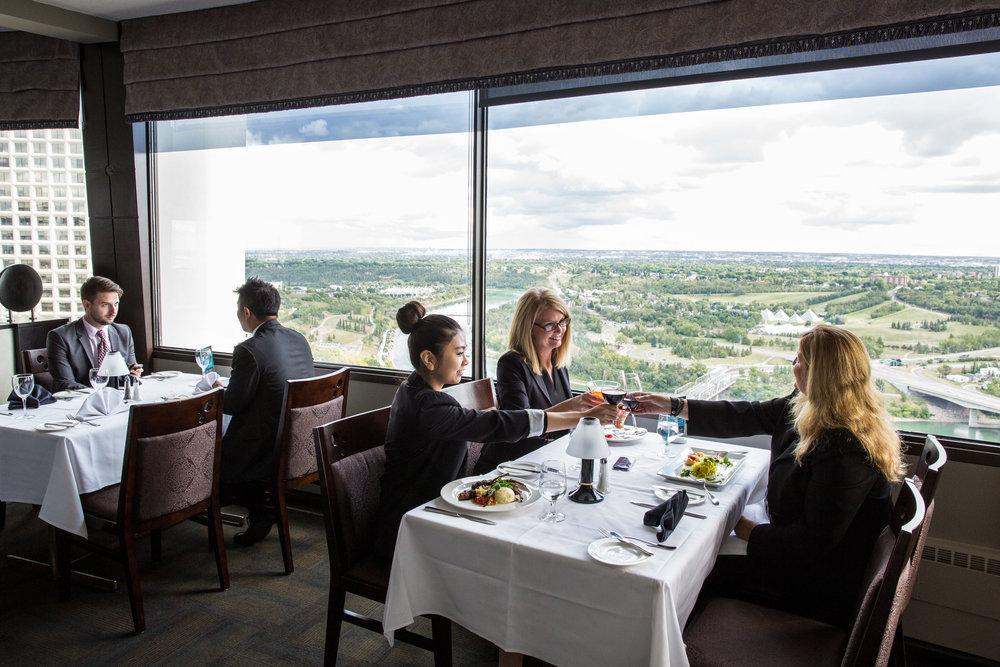 Edmonton_Chateau Lacombe_Hotels.jpg