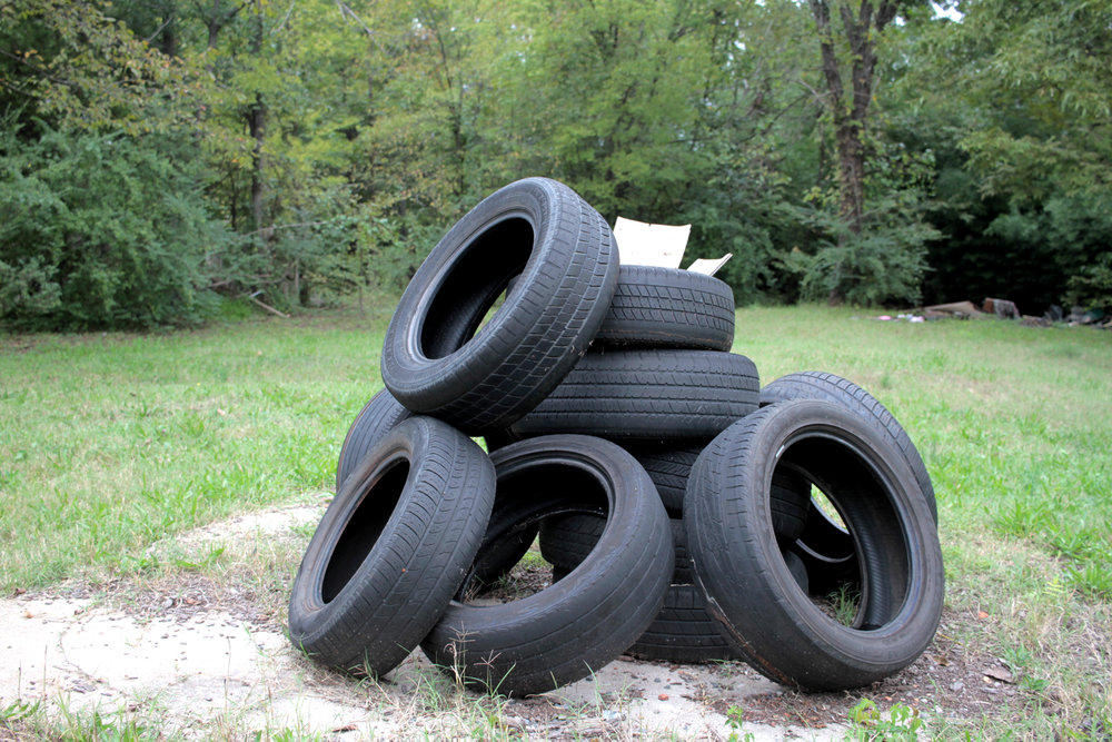 Discarded tires, 2500 block of W. 11th St.