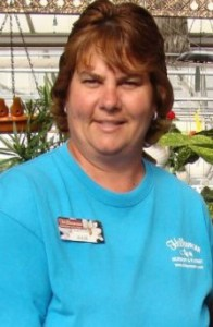 Jule Cox – Greenhouse Manager